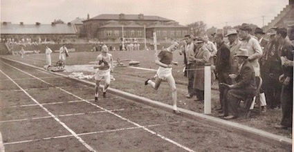 Bill-Mountford-NE-State-High-School-Track-Meet-1947-Magic-Mile-Finish-2